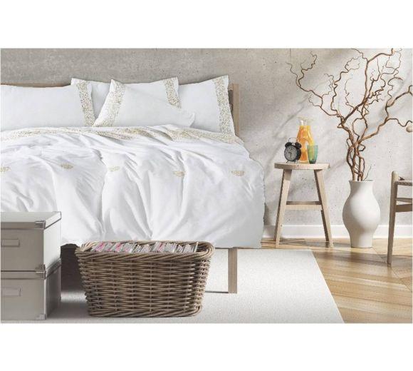 Луксозен спален комплект с бродерия  в екрю - 1